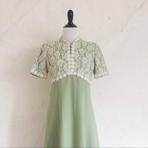 Vintage 60's Daisy Lace Mod Maxi Dress